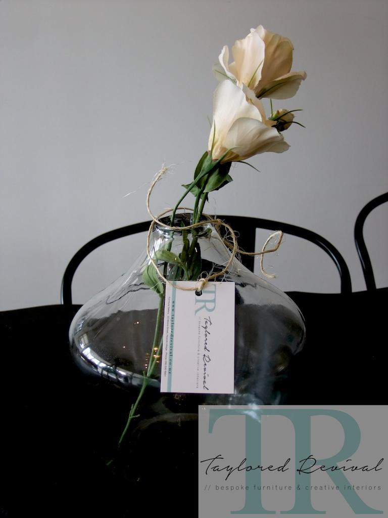 glass vase 010