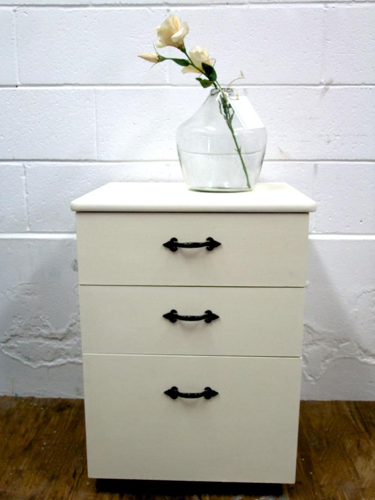 Filing cabinet  021