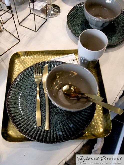 crockery and cutlery (12)