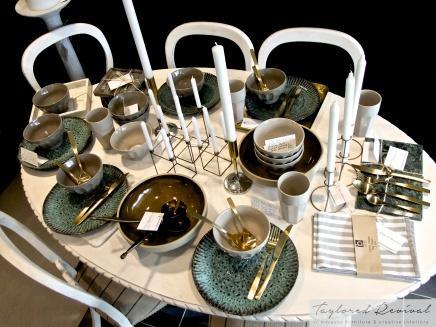 crockery and cutlery (14)