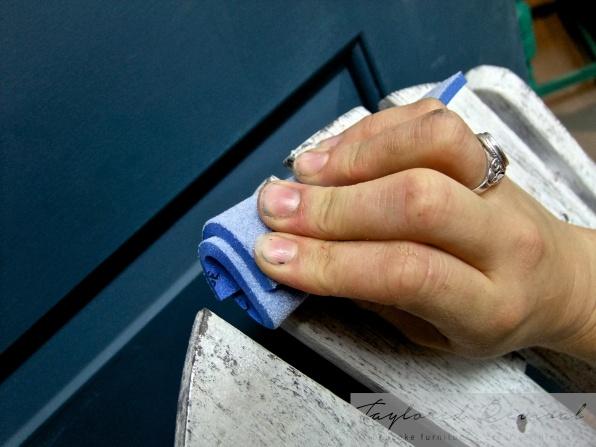sanding pads (4)